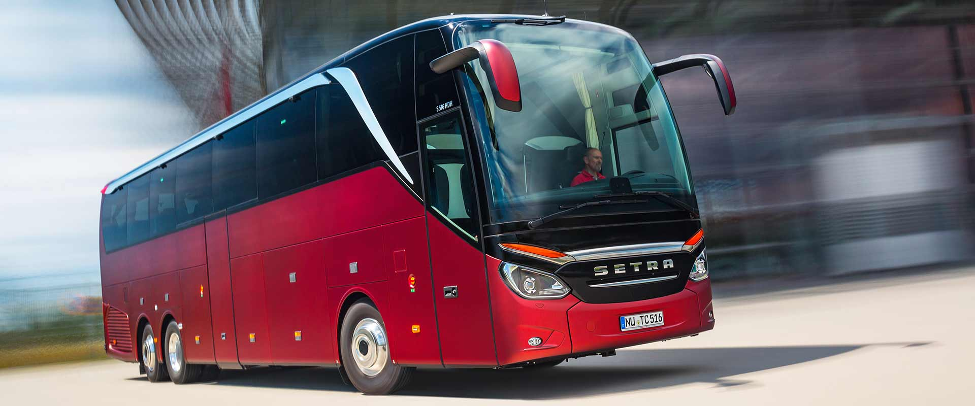 roter setra Bus